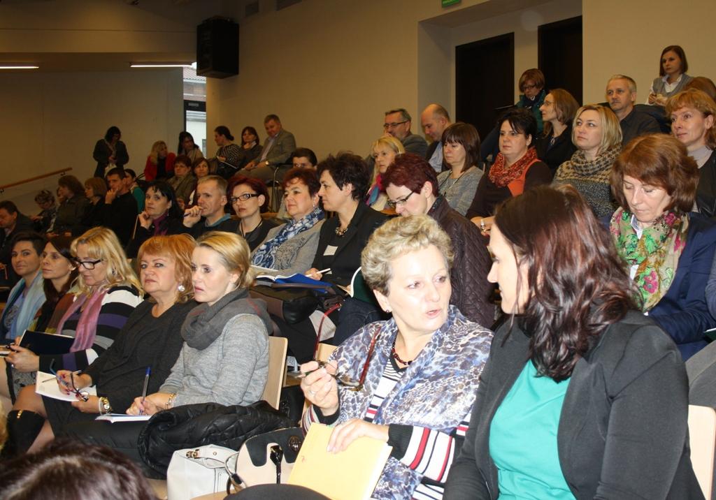 Przeglądasz zdjęcia z artykułu: Konferencja dla nauczycieli matematyki przygotowujących uczniów do egzaminu maturalnego