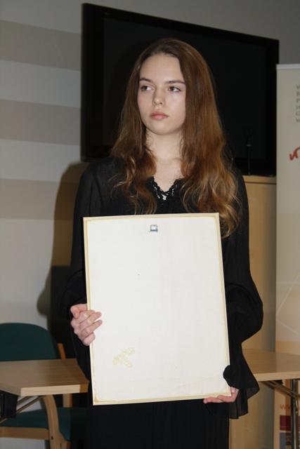 Przeglądasz zdjęcia z artykułu: IX Świętokrzyski Konkurs Poezji w Języku Angielskim