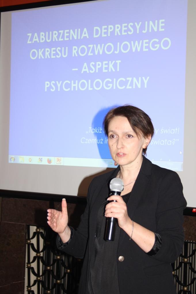 """Przeglądasz zdjęcia z artykułu: Konferencja """"Gdy życie traci sens – depresja oraz samobójstwa dzieci i młodzieży"""""""
