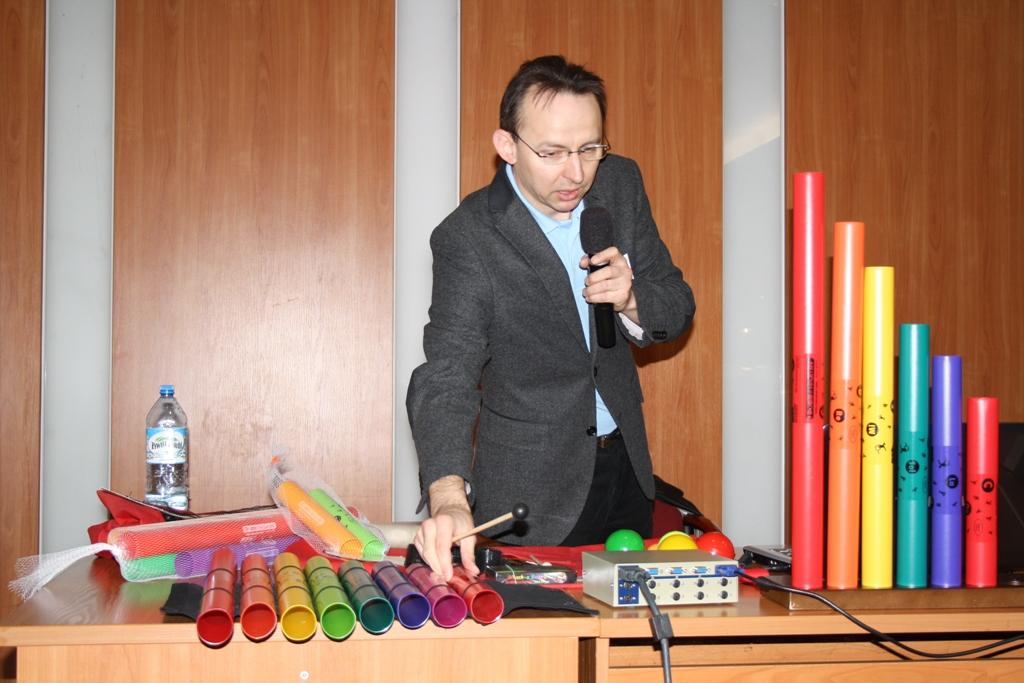 Przeglądasz zdjęcia z artykułu: Świętokrzyskie Centrum Doskonalenia Nauczycieli na XIX Targach Edukacyjnych Edukacja 2014