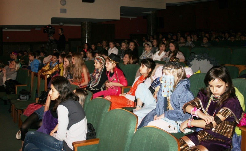 Przeglądasz zdjęcia z artykułu: VII Świętokrzyski Przegląd Teatrów Szkolnych w Języku Angielskim